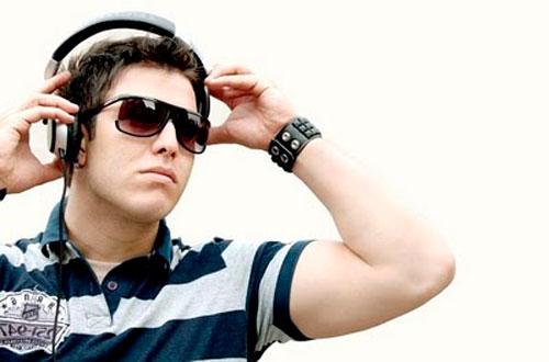 DJ Tommy Love