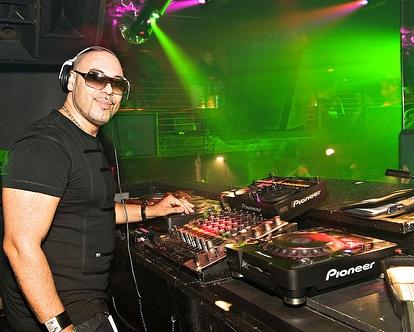 TUDO SOBRE O DJ ROGER SANCHEZ